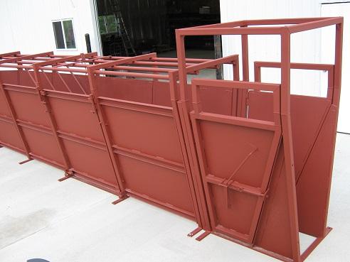 Chute Options & TaskMaster Custom Hydraulic Chute | Luco Manufacturing