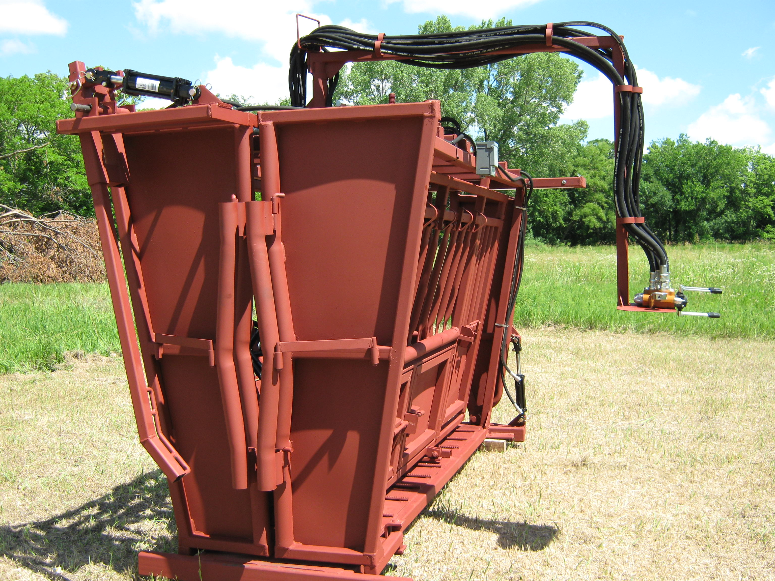 ... Preg Doors ... & TaskMaster Custom Hydraulic Chute | Luco Manufacturing