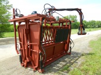 TaskMaster Custom Hydraulic Chute